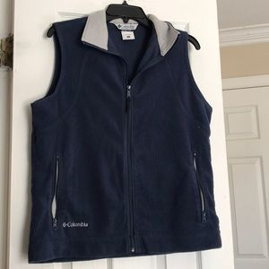 Columbia navy blue vest